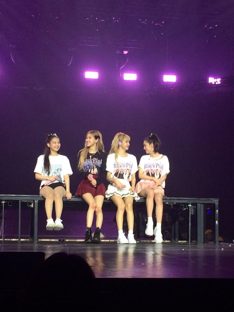 Không phải Jisoo hay Jennie, hóa ra Lisa và Rosé mới sở hữu đôi chân xuất sắc, diện quần short đẹp nhất BLACKPINK - Ảnh 1.