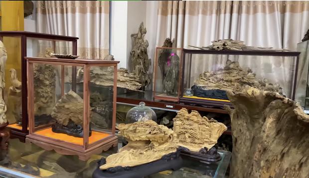Sở hữu phòng trầm hương trị giá cả trăm tỷ đồng thế này nhưng NS Hoài Linh vẫn bị tố nợ tiền gỗ xây dựng Nhà thờ Tổ - Ảnh 5.