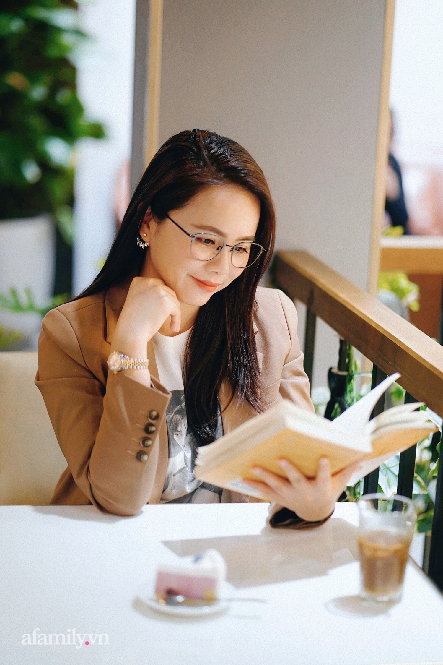 """Ms Hoa TOEIC - cựu sinh viên Ngoại thương trở thành Chủ tịch hệ thống Anh ngữ lần đầu chia sẻ ý nghĩa thực sự của cái tên """"nhìn vậy mà không phải vậy"""" cùng bí mật cuộc sống phía sau sự nổi tiếng  - Ảnh 7."""