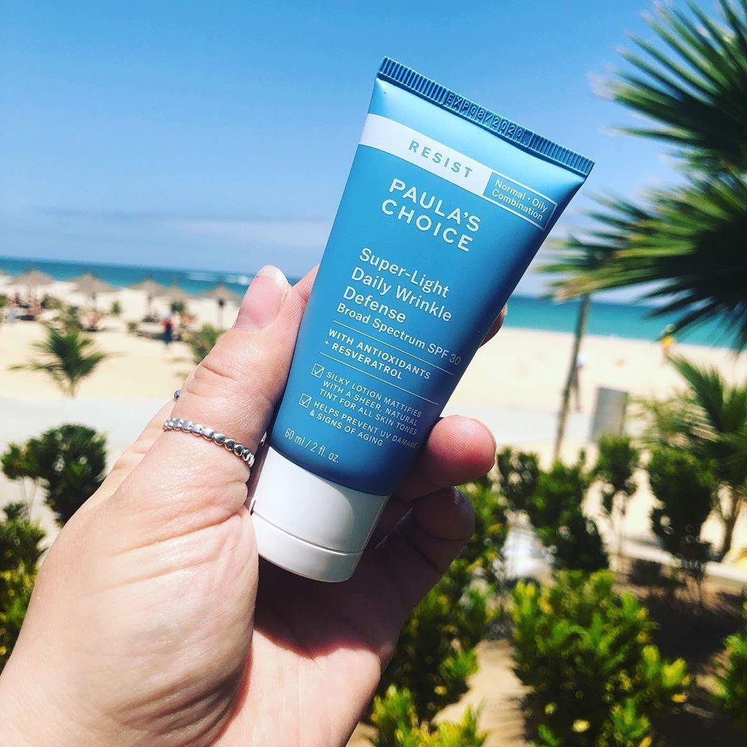 Cách bảo vệ da đơn giản nhất là kết thân với kem chống nắng - Ảnh 3.