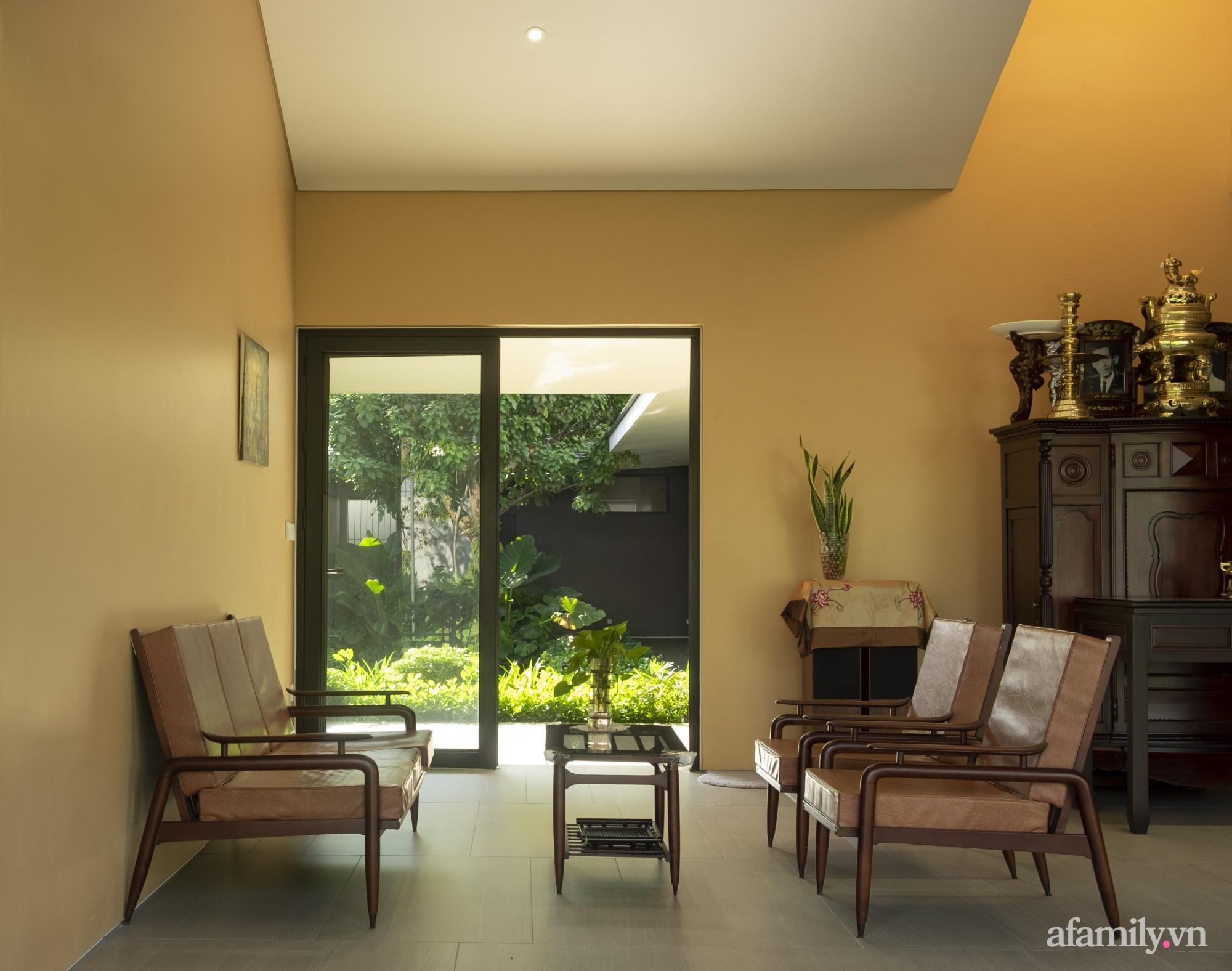 Ngôi nhà rợp mát bóng cây ở ngoại ô Sài Gòn tạo sự gắn kết cho gia đình 3 thế hệ - Ảnh 20.