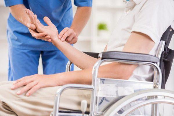 Mắc bệnh xương khớp, bác sĩ chuyên khoa chỉ ra những điều ai cũng nên ghi nhớ để đánh bay đau nhức hành hạ - Ảnh 12.