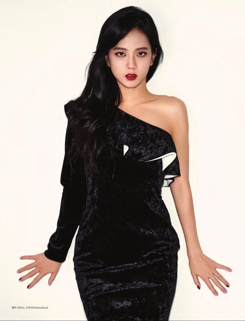 Cách tạo dáng của BLACKPINK đỉnh tới mức nào mà netizen khuyên nhóm làm người mẫu nếu lỡ... thất nghiệp? - Ảnh 18.