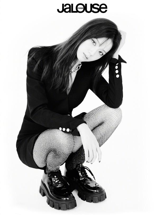 Cách tạo dáng của BLACKPINK đỉnh tới mức nào mà netizen khuyên nhóm làm người mẫu nếu lỡ... thất nghiệp? - Ảnh 17.