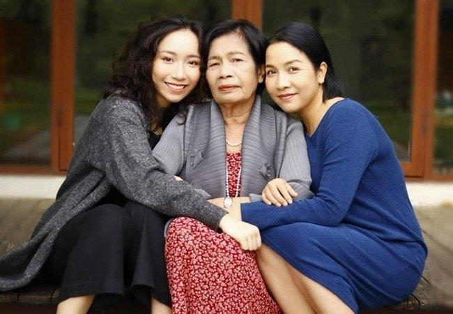 Diva Mỹ Linh kể chuyện lần đầu tiên xăm hình của con gái Mỹ Anh, tiết lộ việc phải đọc sách tâm lý để dạy 3 con  - Ảnh 2.