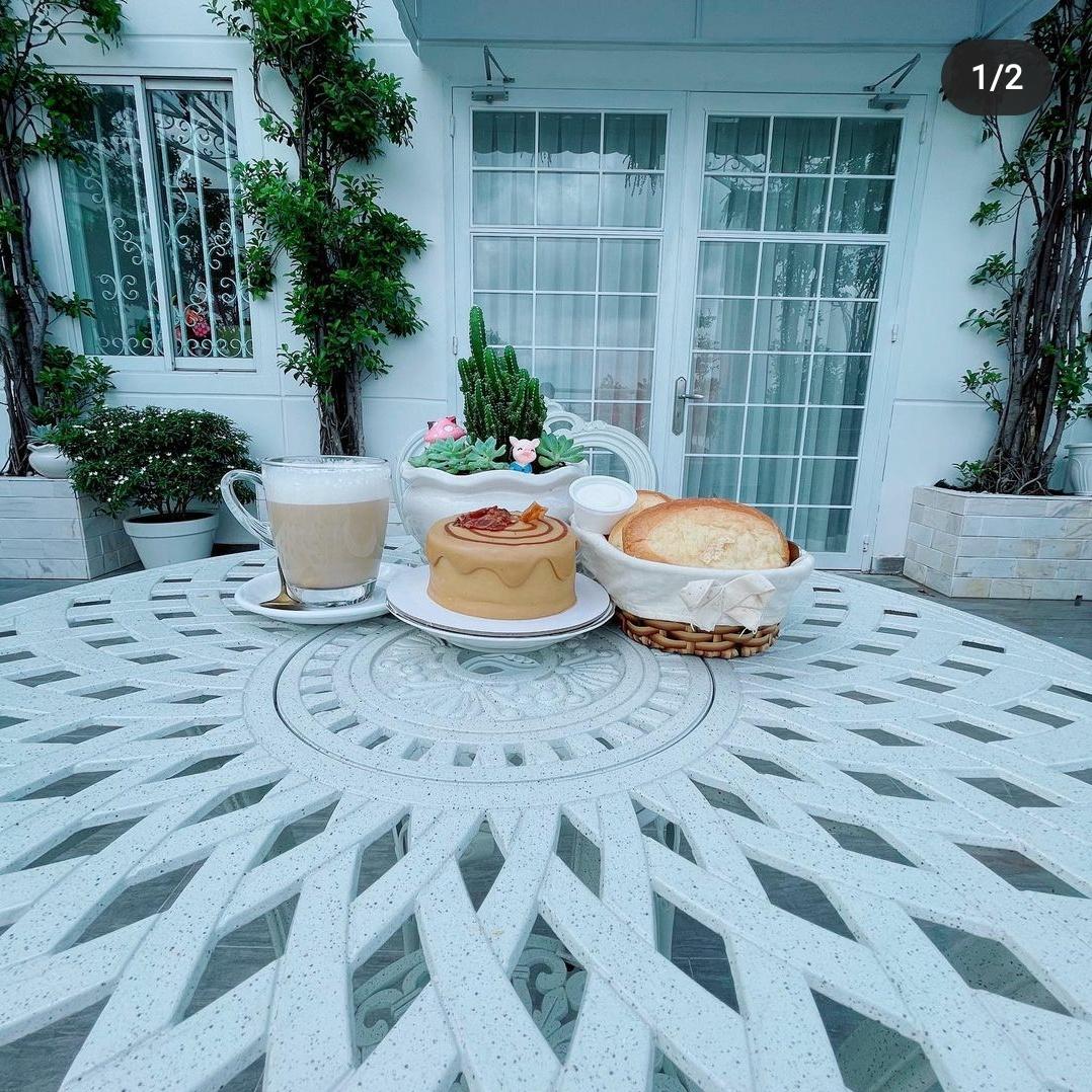 Ngắm ban công nhà Lý Nhã Kỳ mà phát mê: Rộng như sân vườn, đồ đạc tối giản mà lên ảnh đẹp như phim Hàn - Ảnh 6.