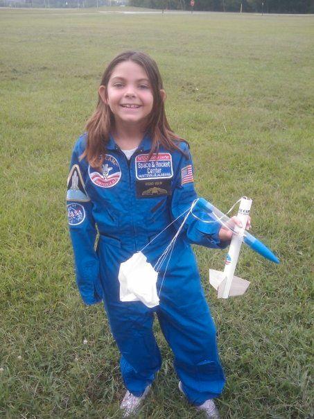 Alyssa Carson: Cô bé 3 tuổi ôm mộng lên sao Hỏa năm nào, chỉ 17 năm sau đã sắp trở thành người trẻ tuổi nhất đặt chân lên vì sao mơ ước - Ảnh 2.