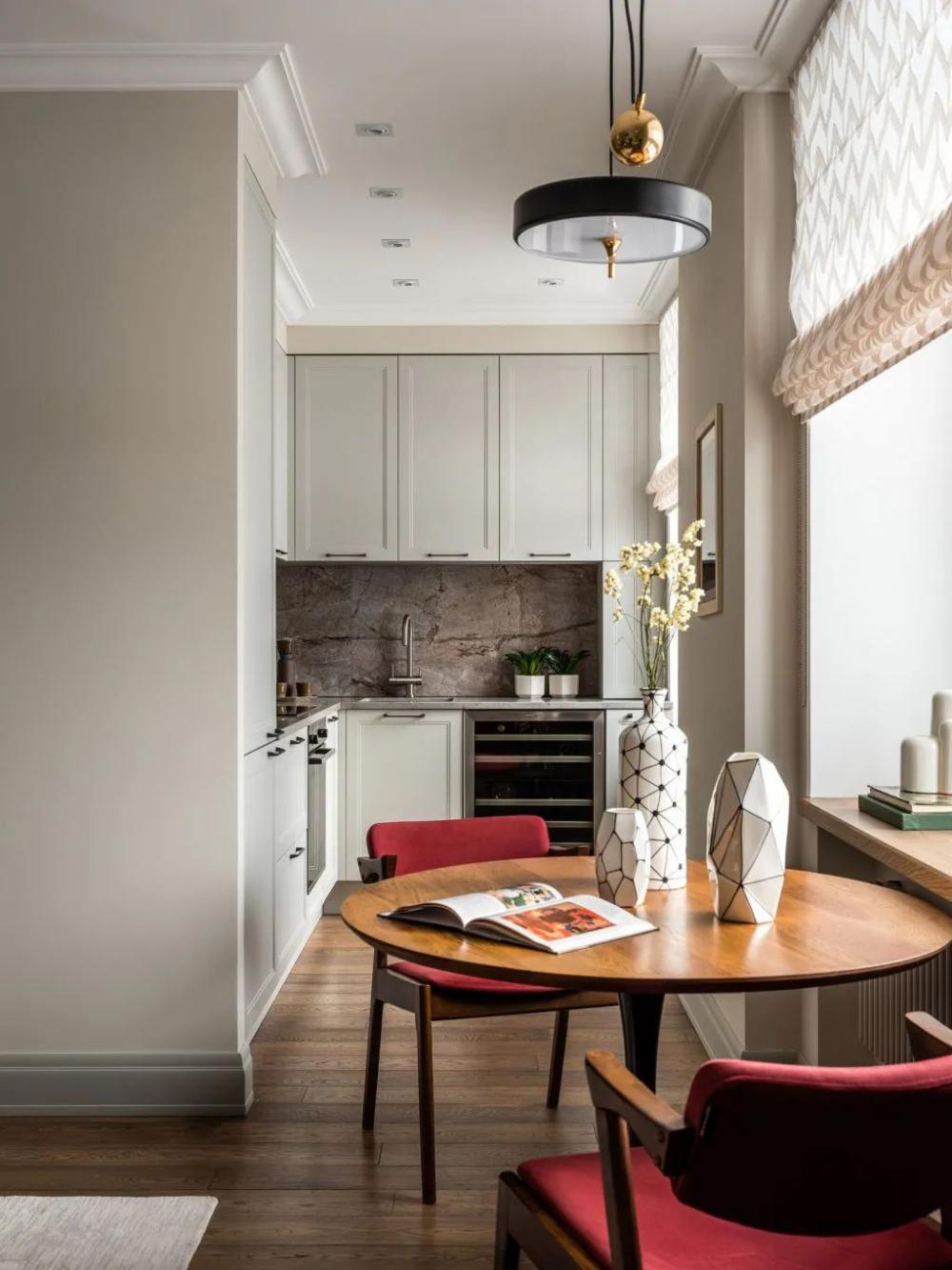 """Những """"tuyệt chiêu"""" thiết kế cho căn bếp 4-5m2, không gian nhỏ mà hiệu quả sử dụng vẫn hoàn hảo - Ảnh 1."""