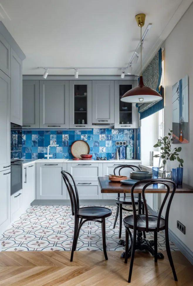 """Những """"tuyệt chiêu"""" thiết kế cho căn bếp 4-5m2, không gian nhỏ mà hiệu quả sử dụng vẫn hoàn hảo - Ảnh 2."""