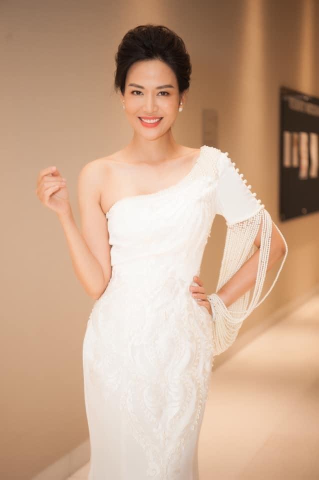 """Chuyện đời tư trắc trở của Hoa hậu Việt Nam vừa qua đời: 2 lần bị tố giật chồng, từng gây sốt với phát ngôn """"Thà khóc trên Mercedes còn hơn trên Wave tàu"""" - Ảnh 5."""