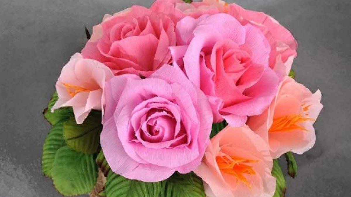Không khéo tay cắm tay hoa tươi thì chọn ngay những loại hoa giả trang trí nhà cửa này, khách đến chơi ai cũng khen tấm tắc - Ảnh 3.