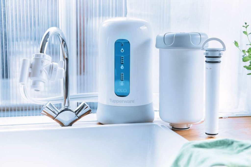 """Vợ chồng Đăng Khôi dùng máy lọc nước gì mà khen nức nở đến thế, soi ra là dòng mới toanh của thương hiệu """"vạn người mê"""" này - Ảnh 2."""