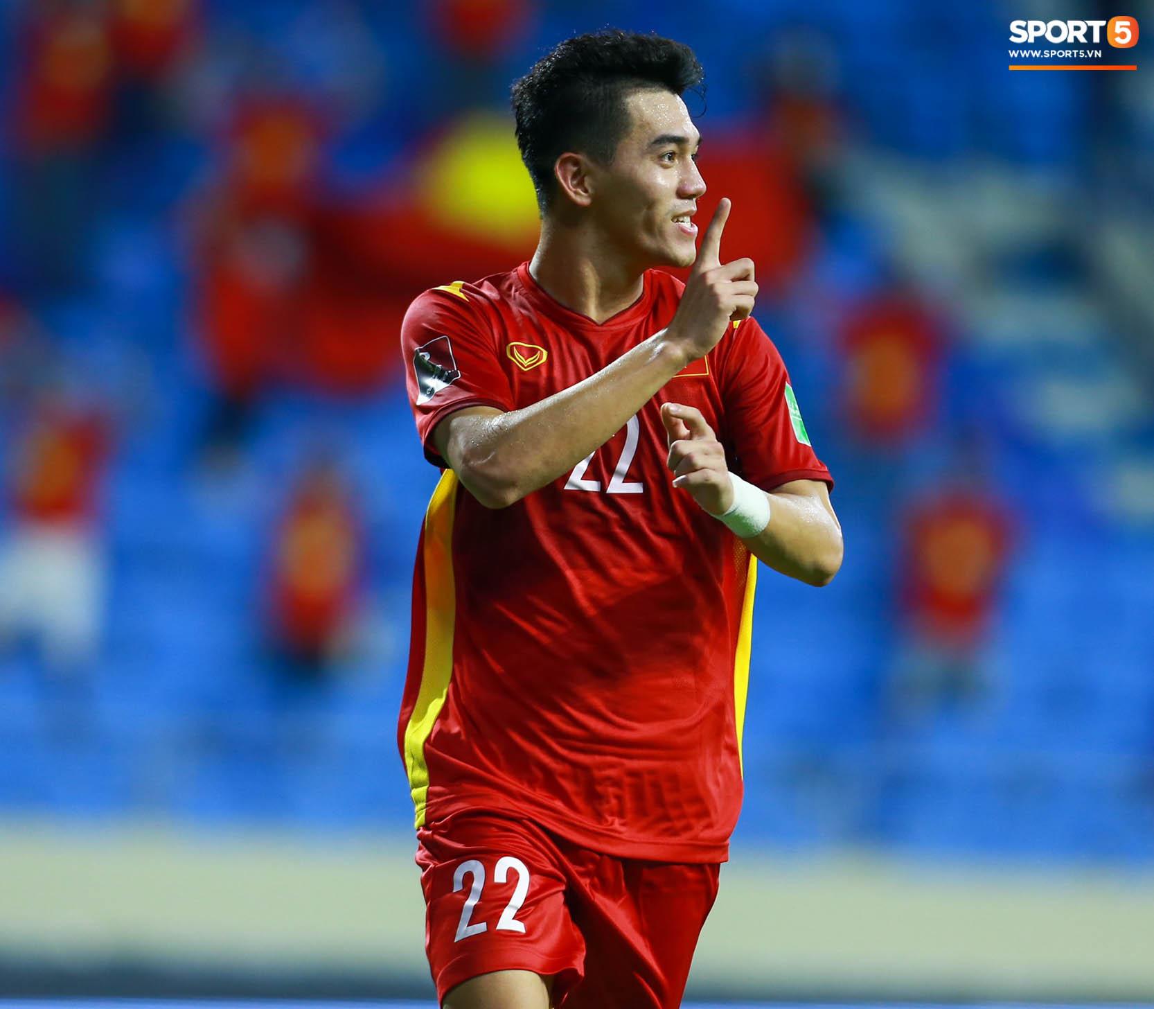 Tuyển Việt Nam chốt đơn 4-0 trước Indonesia, giữ vững ngôi đầu tại vòng loại World Cup 2022 - Ảnh 2.