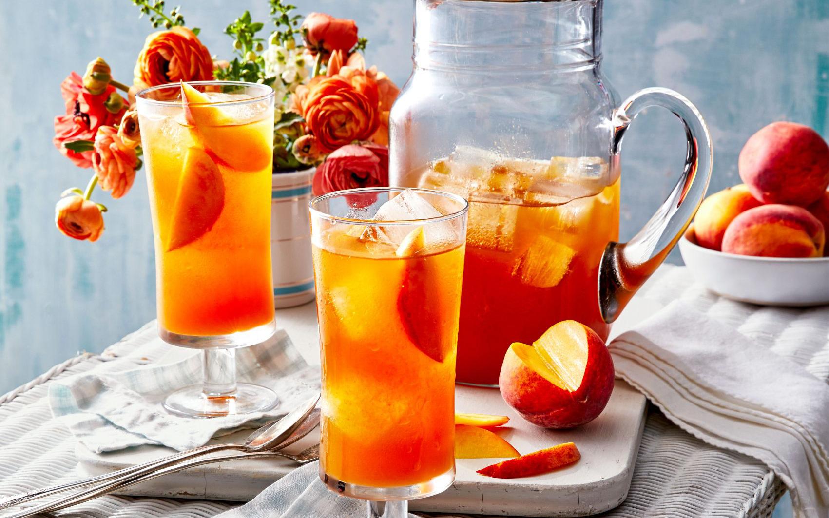 5 cách pha trà trái cây mùa hè đánh bay cái nóng, từ trà mận đến trà vải đều ngon tuyệt
