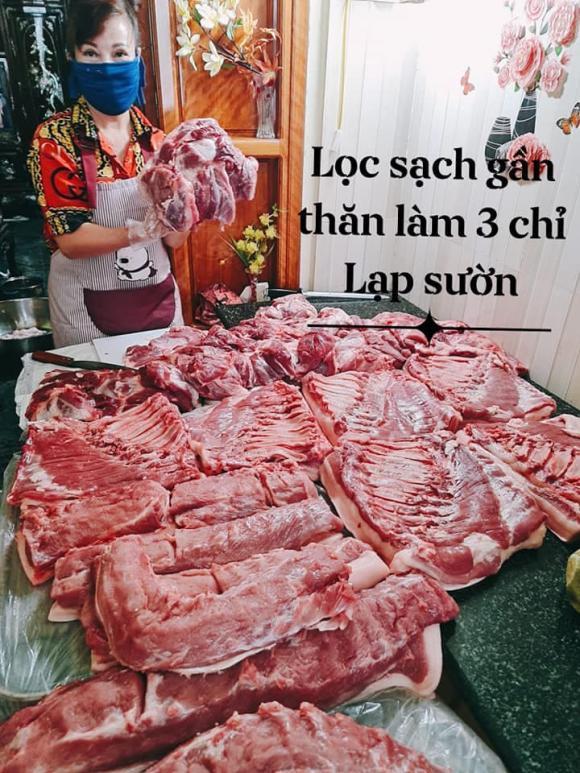 """Sau nhiều tháng """"sóng yên biển lặng"""", cô dâu 63 tuổi ở Cao Bằng và chồng trẻ gây sốt với hình ảnh bên phản thịt lợn và bí ẩn cuộc sống phía sau - Ảnh 6."""