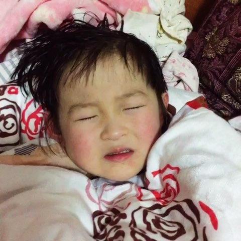 Vì sao đứa trẻ khóc xong sẽ rất dễ ngủ? Biết được những lý do sau, nhiều bố mẹ sẽ hối hận vì cách làm của mình - Ảnh 2.