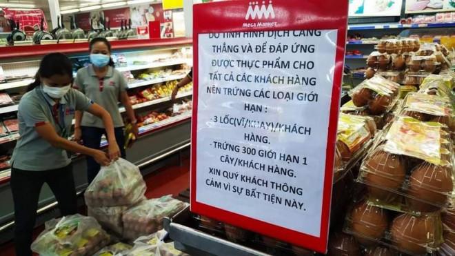 Đang bão MXH bức ảnh thu gom trứng ở siêu thị giữa lúc Sài Gòn căng thẳng vì dịch Covid-19, bạn chọn tìm hiểu thực hư hay hùa theo chỉ trích? - Ảnh 3.