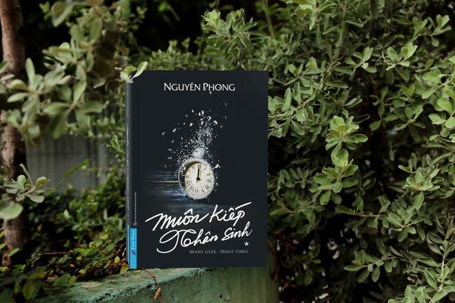 Các doanh nhân ở nhà mùa dịch: Shark Hưng chia sẻ cuốn sách mê mẩn mùa dịch, Hà Tăng khoe khu vườn xanh mát như trong mơ - Ảnh 12.