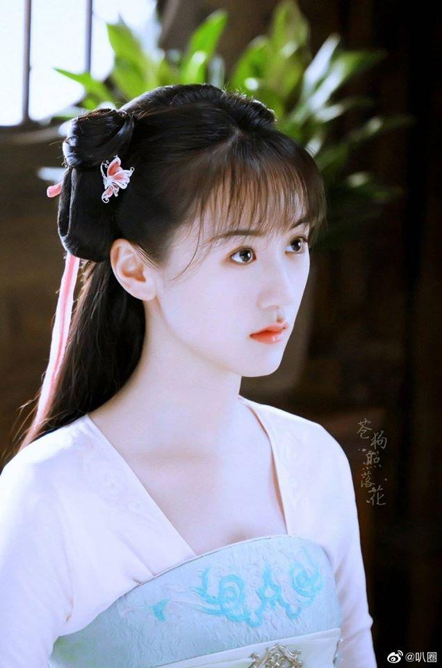 Viên Băng Nghiên dùng thuốc nhỏ mắt quay cảnh khóc ở Lưu ly mỹ nhân sát, netizen mắng không xứng làm bản sao Triệu Lệ Dĩnh - Ảnh 5.