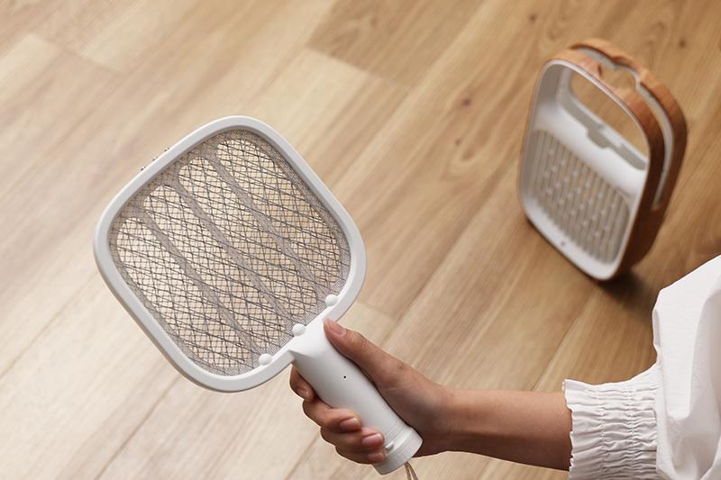 Hỗ trợ sạc USB dùng tới 30 phút, nhẹ và nhỏ tiện lợi đích thị là chiếc vợt bắt muỗi hiện đại nhất cho các gia đình - Ảnh 4.