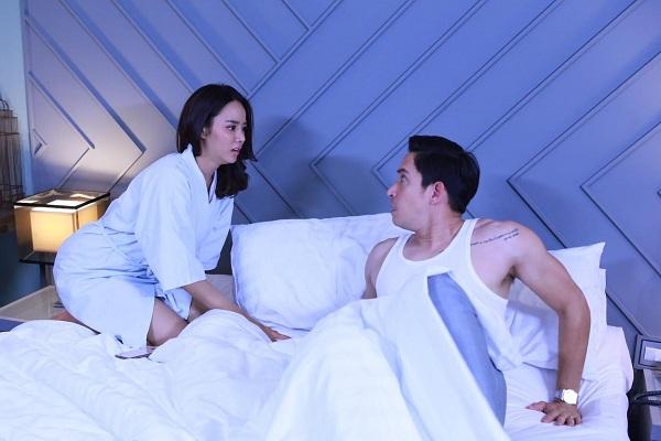 """Vắt óc nghĩ chiêu """"đổi gió"""" với chồng, vừa bước vào phòng ngủ trong bộ dạng gợi cảm, tôi bị chồng mắng té tát đuổi luôn ra ngoài  - Ảnh 1."""