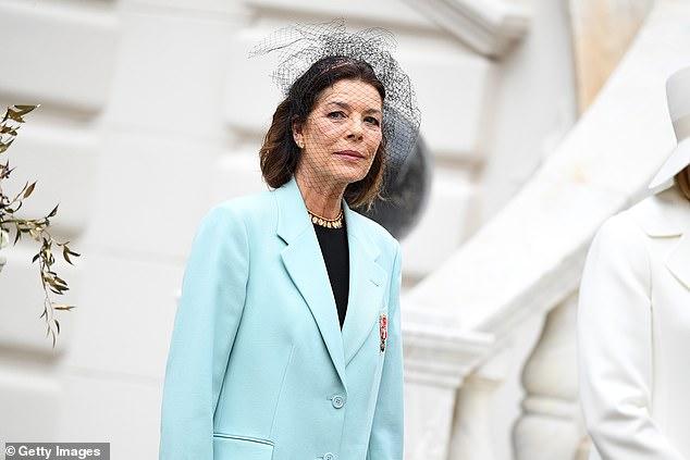 Con gái của Công nương Grace Kelly huyền thoại: Công chúa Hoàng gia Monaco 64 tuổi, chuyên mặc đồ Chanel sang hơn cả mẫu quốc tế - Ảnh 1.