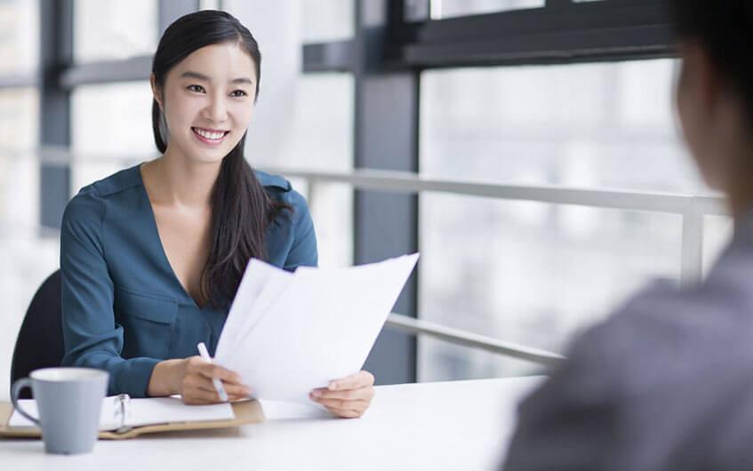"""5 cách tạo không khí """"dễ thở"""" cho buổi phỏng vấn xin việc"""