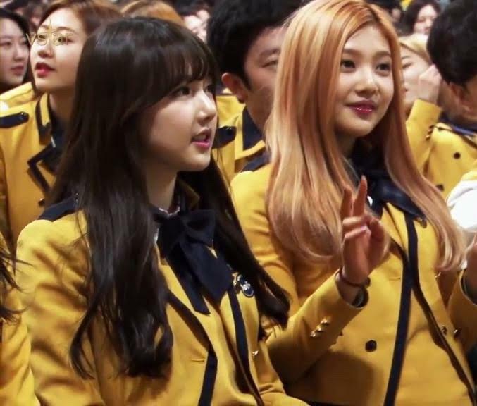 Dụi mắt vài lần cũng không nhận ra Joy (Red Velvet) - Yerin (GFriend) khi đọ visual gay gắt trong quảng cáo mới - Ảnh 1.
