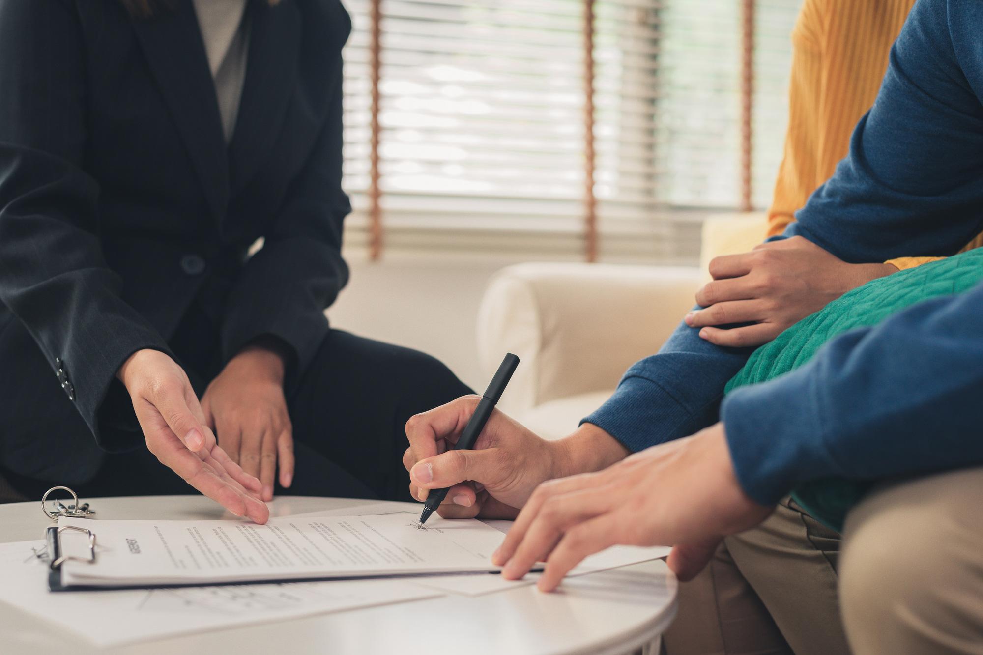 """Chuyên viên tài chính """"vẽ"""" lộ trình mua bảo hiểm cho người độc thân ở tuổi 24 - Ảnh 4."""