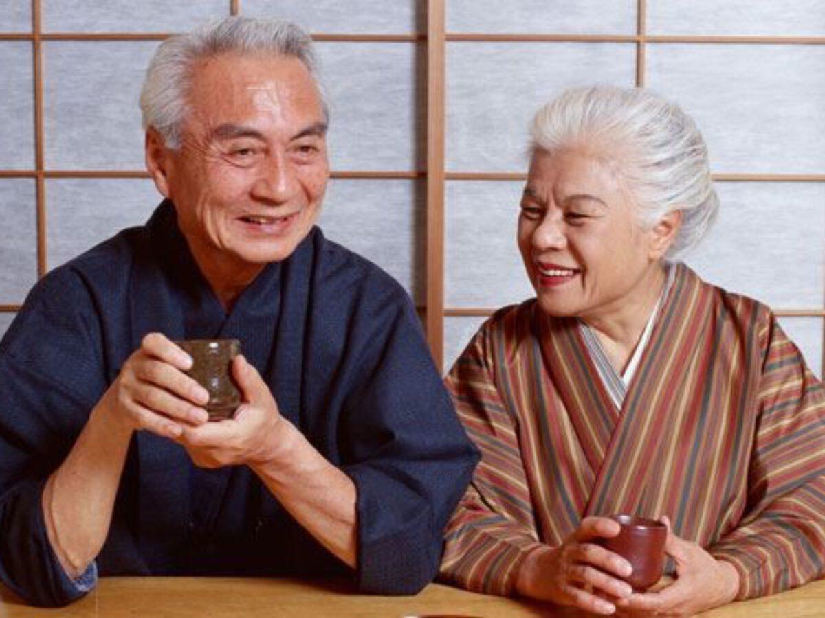 Loại nước kéo dài tuổi thọ của người Nhật mà WHO cũng phải khen ngợi, ở Việt Nam bán đầy chợ - Ảnh 1.