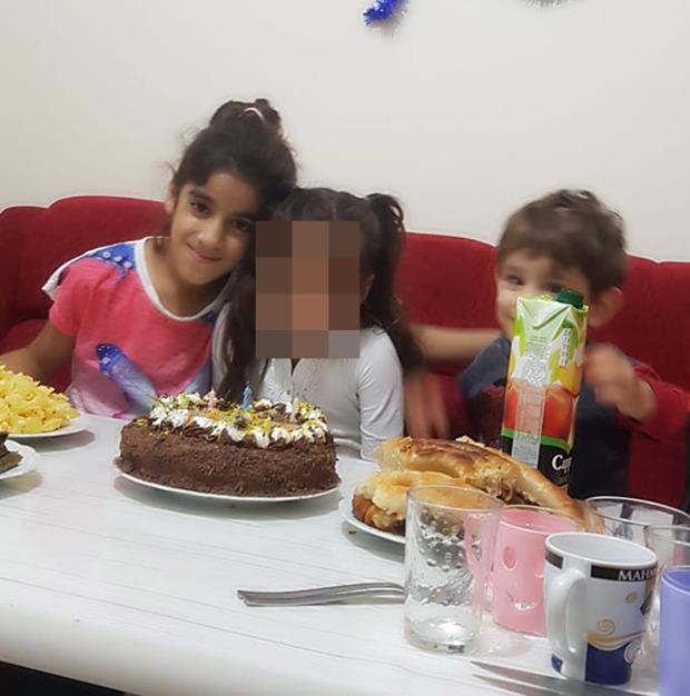 Tiệc sinh nhật hóa đám tang tập thể: 2 đứa trẻ và 3 người thân chết đuối dưới sông, ám ảnh cảnh tượng khi tìm thấy các bé - Ảnh 1.