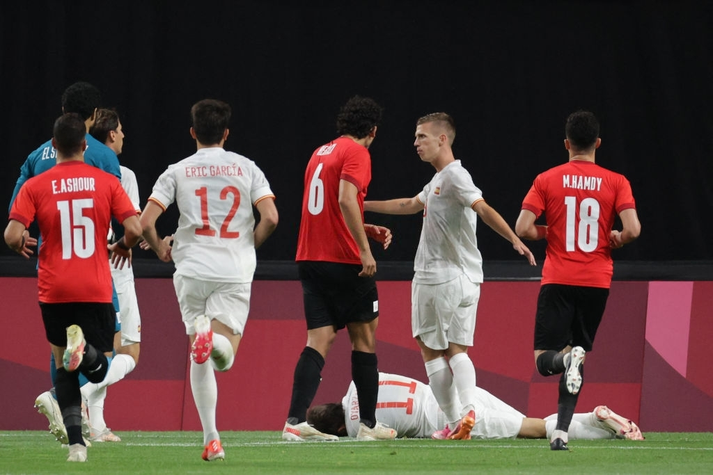 Olympic Ai Cập chơi thô bạo, Olympic Tây Ban Nha mất 2 trụ cột - Ảnh 10.