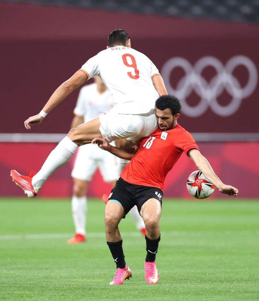 Olympic Ai Cập chơi thô bạo, Olympic Tây Ban Nha mất 2 trụ cột - Ảnh 11.