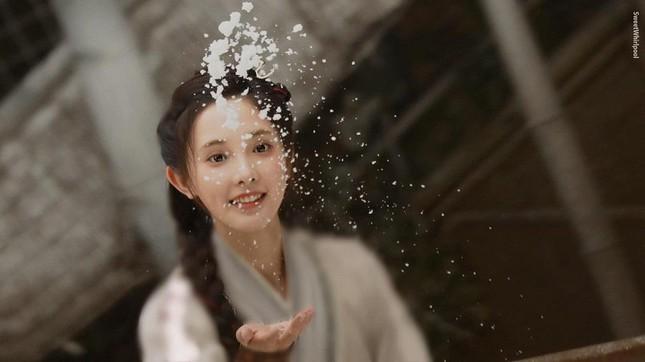 """Mỹ nữ """"Đông Cung"""" - Bành Tiểu Nhiễm cực xinh khi đóng cặp Phùng Thiệu Phong, netizen kêu gào tránh xa chồng cũ Triệu Lệ Dĩnh  - Ảnh 8."""