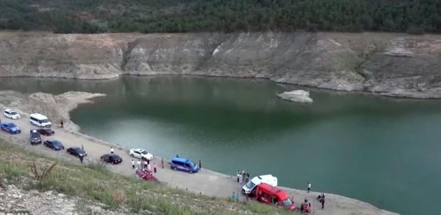 Tiệc sinh nhật hóa đám tang tập thể: 2 đứa trẻ và 3 người thân chết đuối dưới sông, ám ảnh cảnh tượng khi tìm thấy các bé - Ảnh 2.