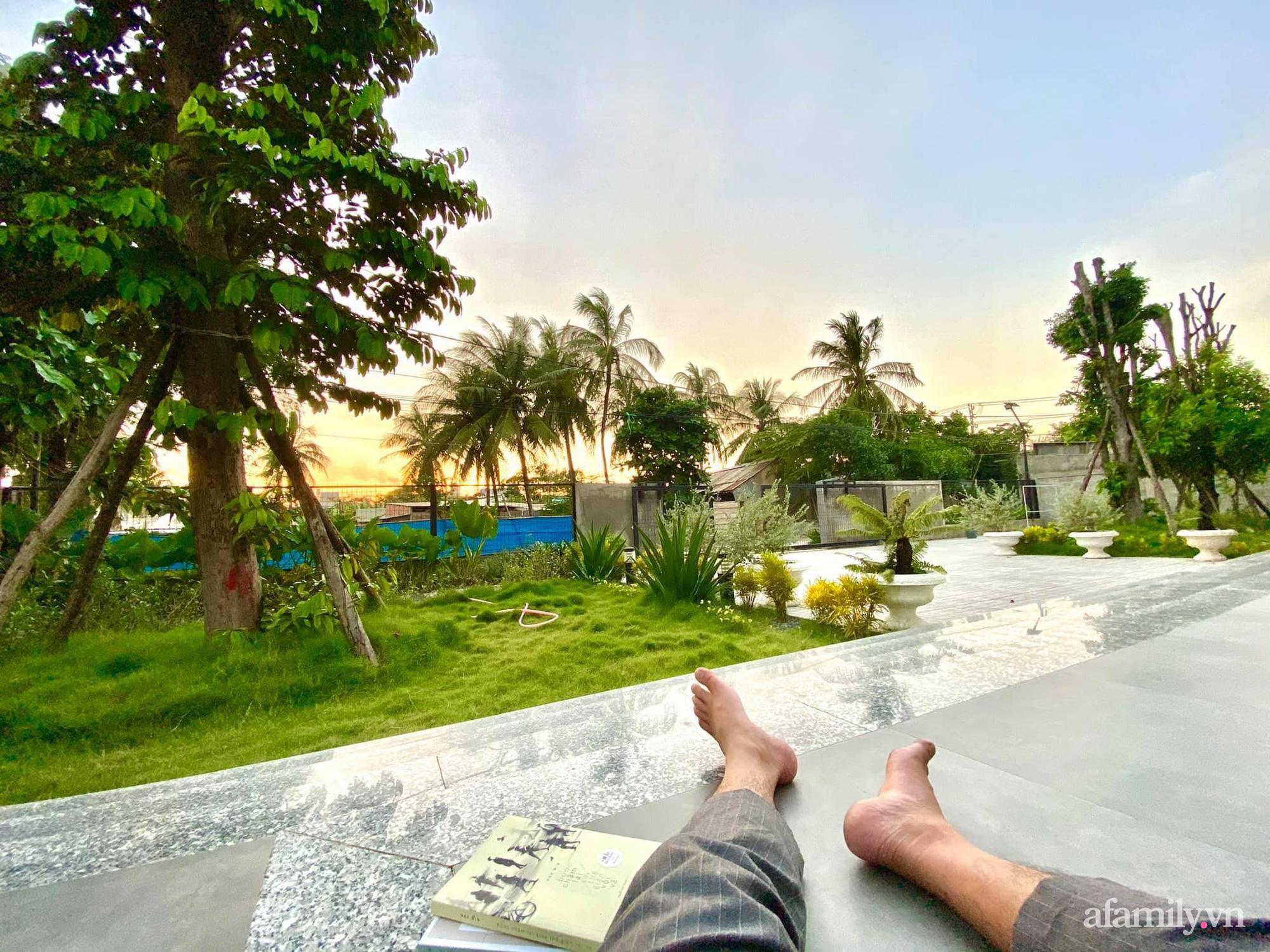 Sở hữu mảnh vườn thật chill, chàng trai trẻ Kiên Giang yên tâm nấu ăn, đọc sách ngắm cây những ngày giãn cách - Ảnh 11.