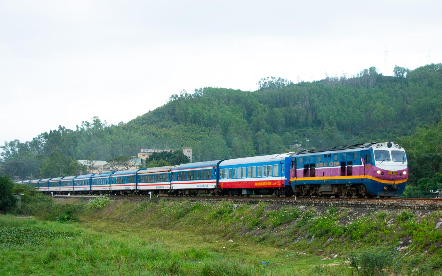 3.000 người dân Hà Tĩnh từ TP.HCM và các tỉnh phía Nam được về quê trên chuyến tàu chuyên biệt