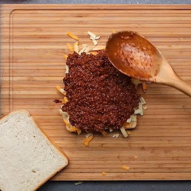 """3 cách """"hô biến"""" ổ bánh mỳ thành món ăn vừa ngon vừa sang mắt: Khoe thành phẩm đảm bảo ngàn like! - Ảnh 18."""