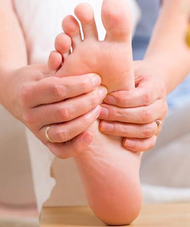 Bàn chân có 5 dấu hiệu này chứng tỏ đường huyết đang tăng cao, kiểm tra ngay sẽ giúp ngừa các biến chứng tiểu đường - Ảnh 4.