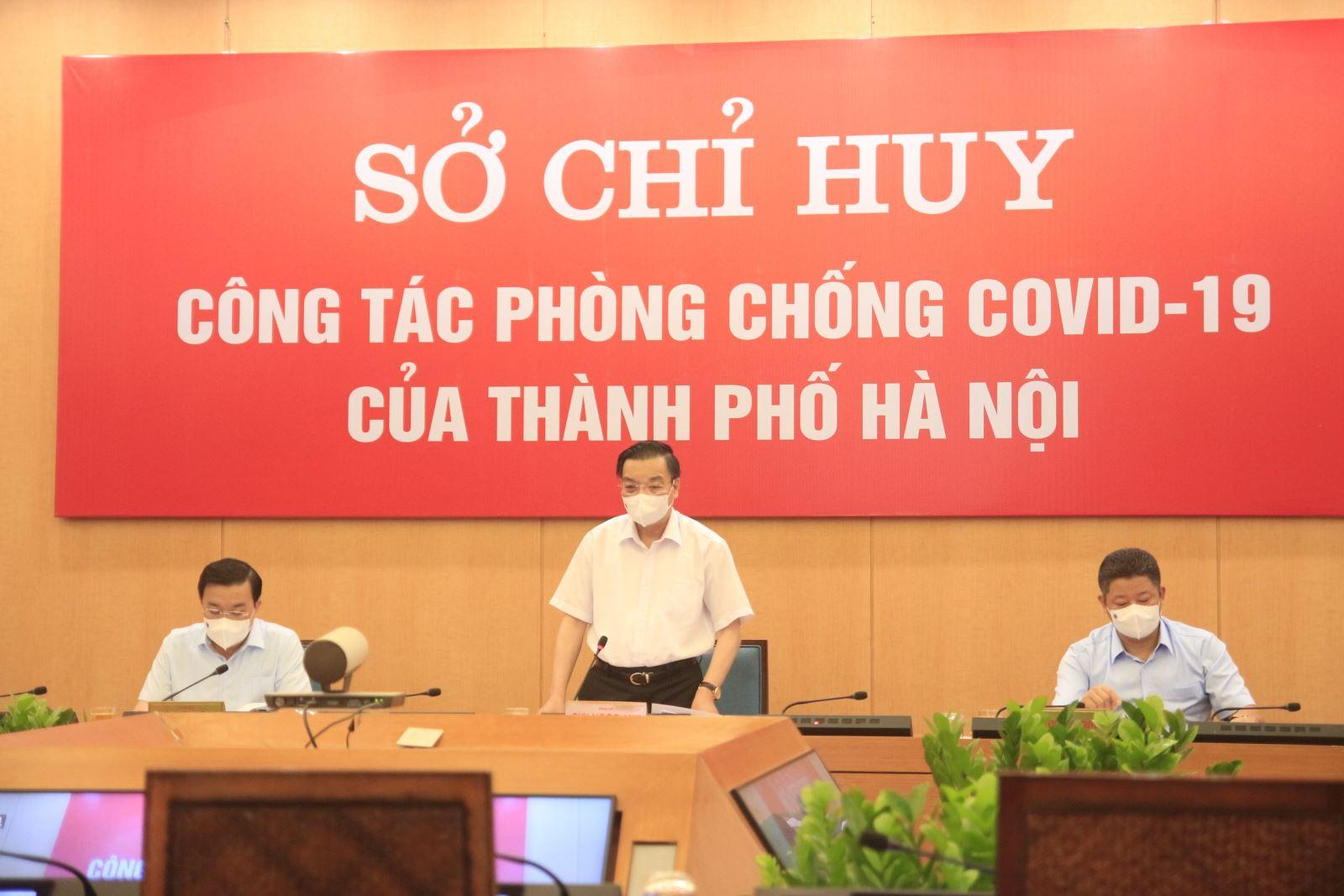 Chủ tịch UBND TP Hà Nội: Người dân vẫn ra đường khá đông so với kỳ vọng giãn cách xã hội - Ảnh 2.