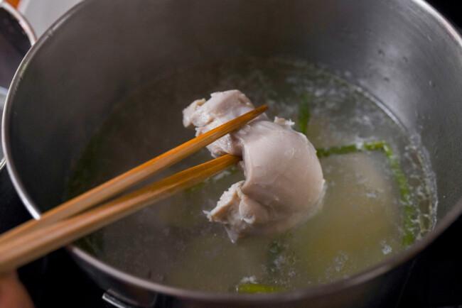 Món salad gà làm nhanh ăn ngon này sẽ giúp bạn giảm cân nhanh chóng - Ảnh 3.