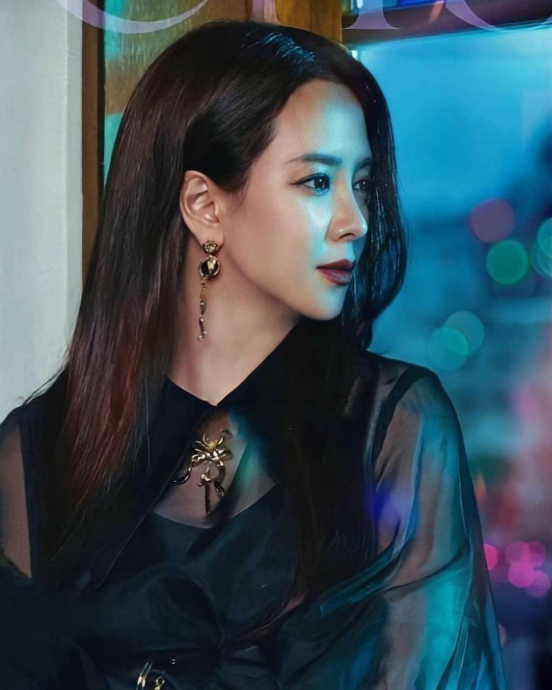 Không nhận ra Mợ Ngố Song Ji Hyo trong phim mới: Tạo hình sang nhưng khiến cô già hơn, phản ứng của netizen lại đáo ngược - Ảnh 2.