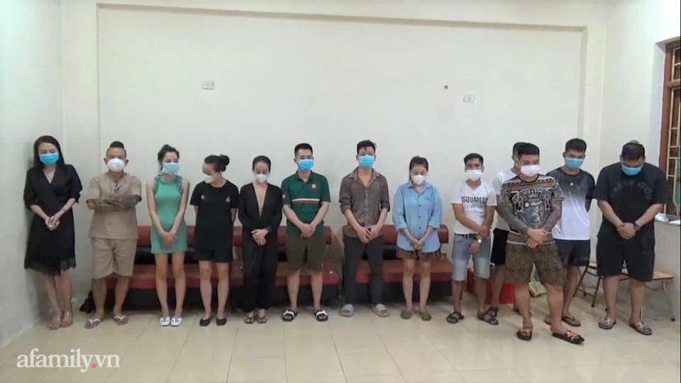 Nhóm nam nữ thanh niên đã bị tạm giữ sau sự việc
