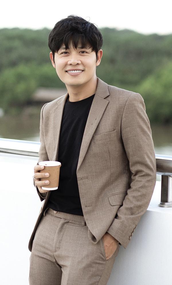 """Nguyễn Văn Chung bán nhạc cho Nathan Lee, Phi Nhung cũng có động thái """"đòi bài"""" sau scandal với Hồ Văn Cường - Ảnh 5."""