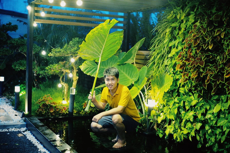 """""""Hồ sen"""" với đủ loại hoa hiếm trên penthouse 300m² của travel blogger dành tặng vợ ở Hà Nội - Ảnh 11."""