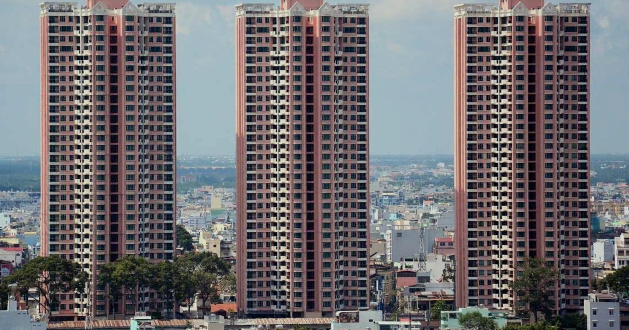 """Thuận Kiều Plaza: Từ biểu tượng hoa lệ Sài Gòn một thời, trải qua 3 thập kỷ đầy """"tai tiếng"""" với đủ thứ chuyện u mê và hy vọng hồi sinh giữa đại dịch - Ảnh 3."""