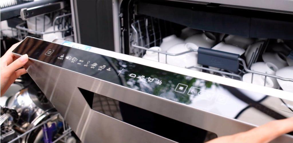 Nếu bạn mắc 7 sai lầm sau đây, bảo sao dụng cụ nhà bếp nhanh hỏng, tốn tiền thay mới - Ảnh 1.