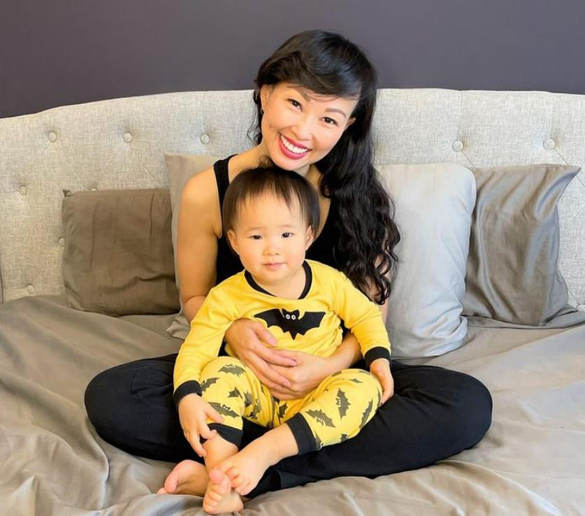 Cuối tuần của hội hot mom: Huyền Baby ở nhà mặt mộc vẫn đẹp như nữ thần, mẹ 2 con Ngọc Mon khoe hình nóng bỏng trong bồn tắm - Ảnh 5.