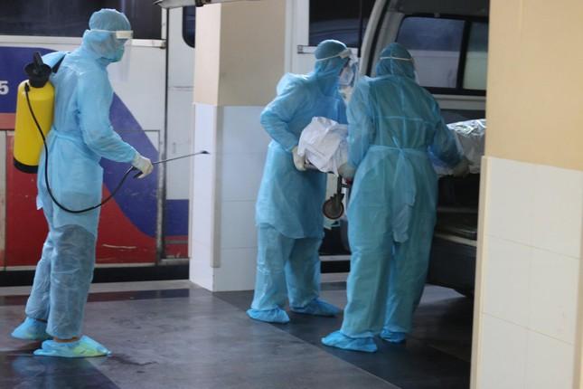 Người mắc COVID-19 tử vong bị thu 36 triệu đồng viện phí, bệnh viện nói gì? - Ảnh 2.