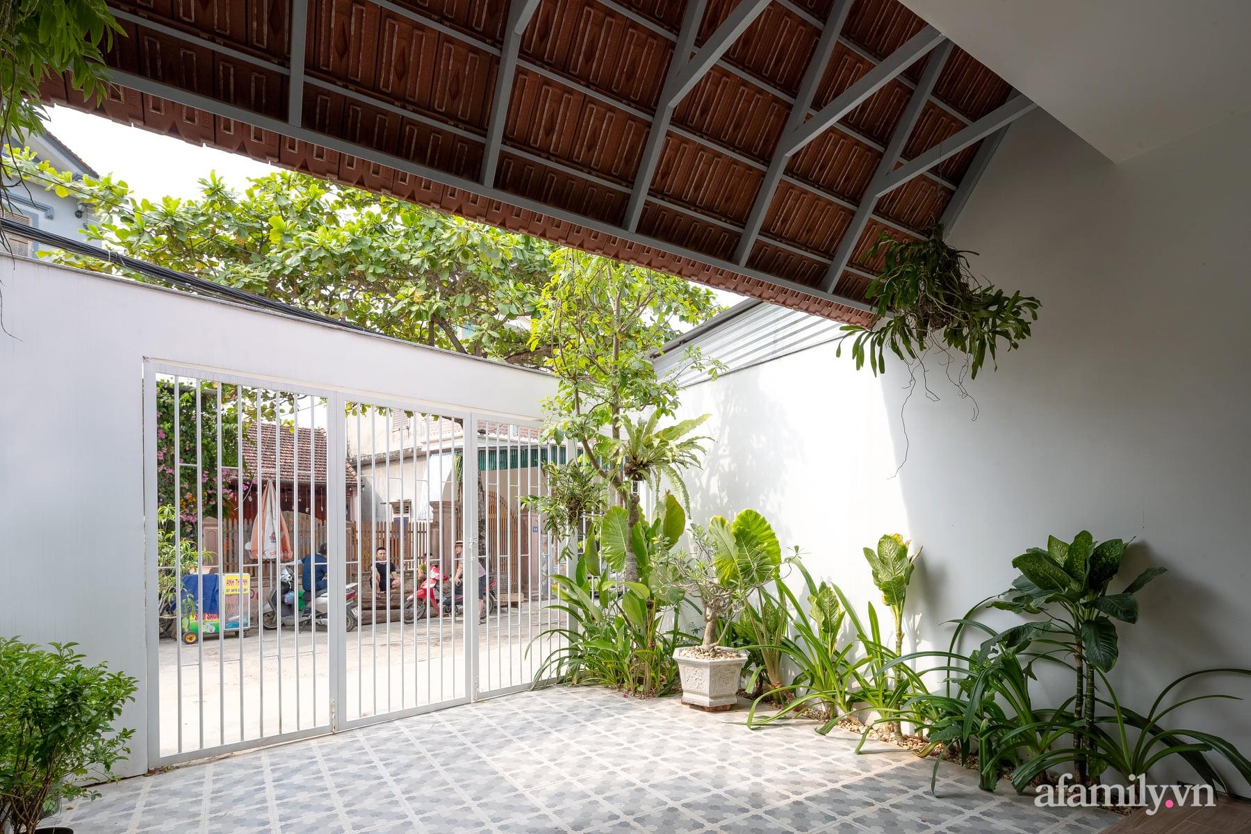 Ngôi nhà ngói gói gọn bình yên với những tiện nghi và hiện đại ở thị trấn nông thôn Nghệ An - Ảnh 8.